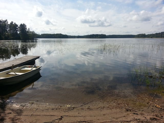 Cottage with Fantastic Lake Views - Bettna, Nyköping - Haus