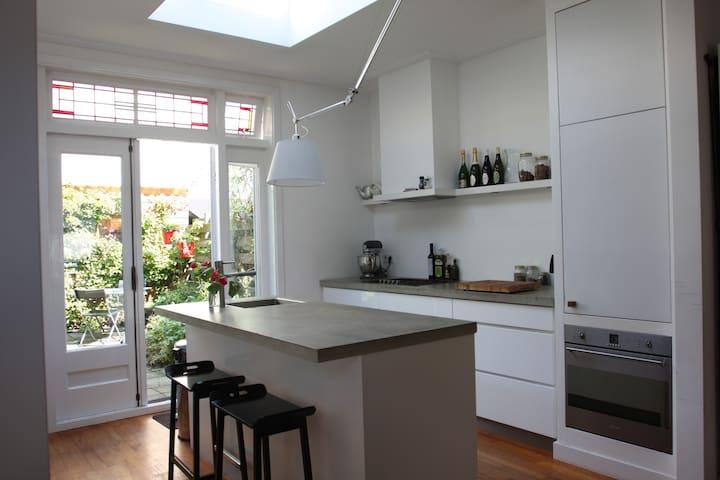 Lovely designed family house - Utrecht - Casa