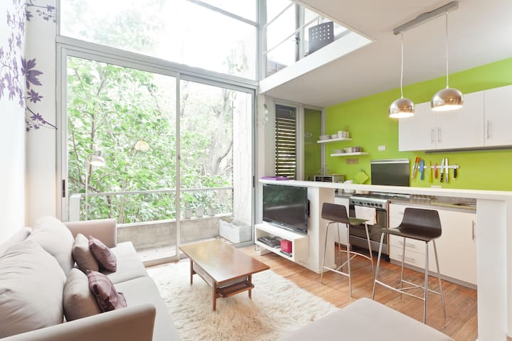 Moderno duplex con vista 100% verde - San Isidro