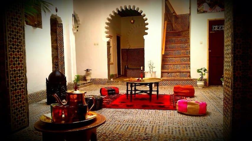 Riad Khmisa (Habitación individual) - Tetouan - Hus