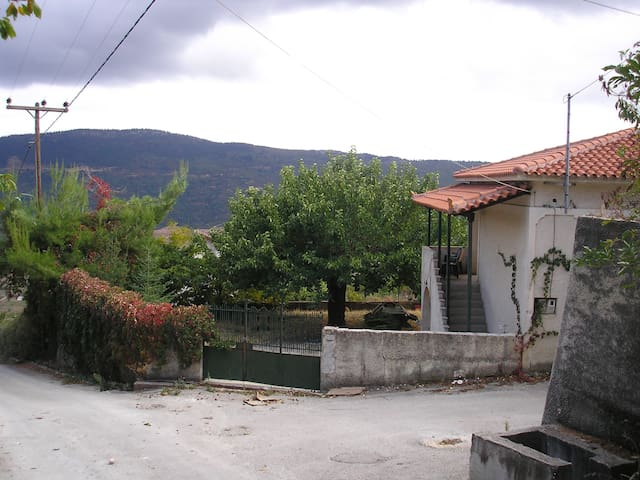 Traditional Mountain House - Κλημέντι - Haus
