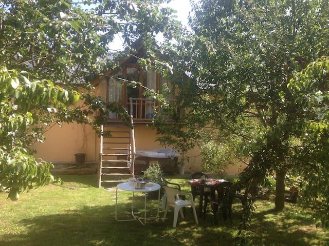 Loft-buhardilla con jardín.  - Villanova