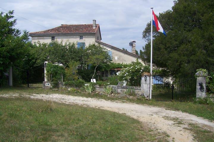 Landelijke rust in de Dordogne - Mareuil