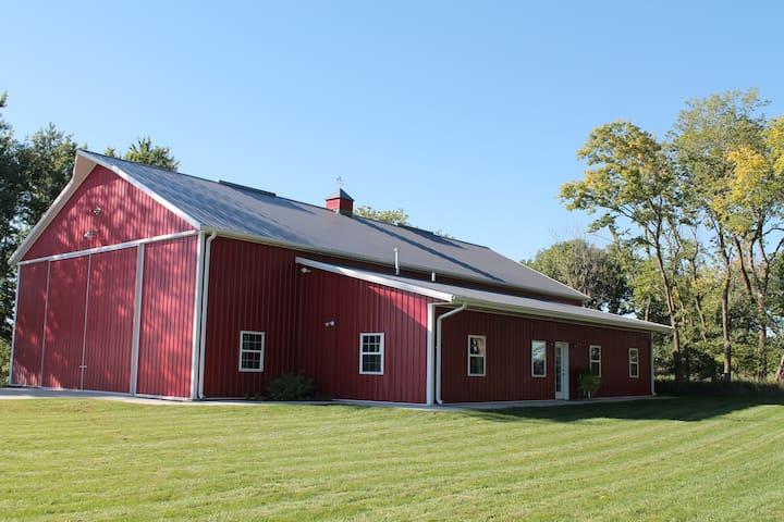 The Noble Barn Nebraska Experience! - Humphrey - Квартира