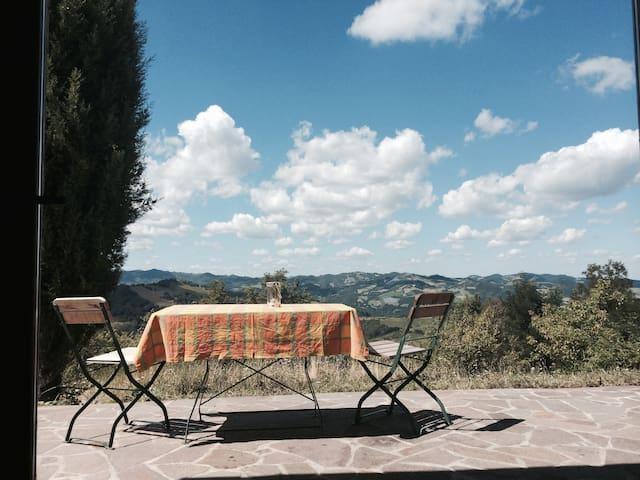 Wundervolles Landhaus im Grünen - Ca' di Vico - Huis