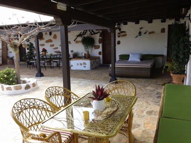 Casa Abuelo Rafael - Puerto del Rosario