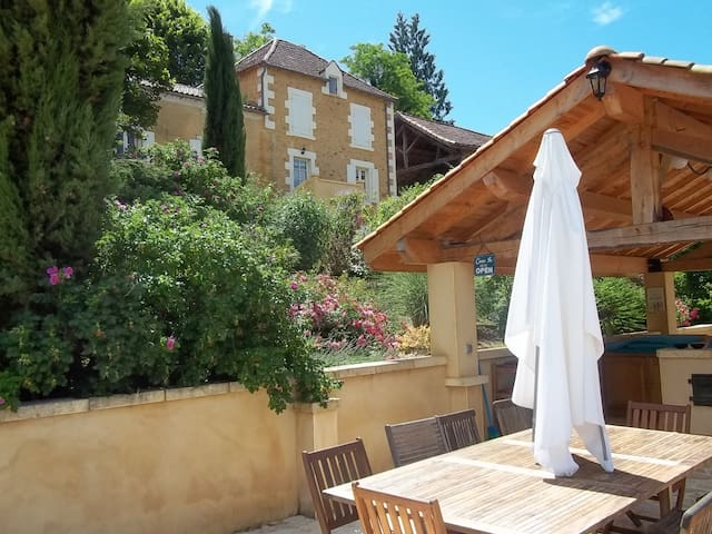 Beautiful country house in Dordogne - Salles-de-Belvès - Huis