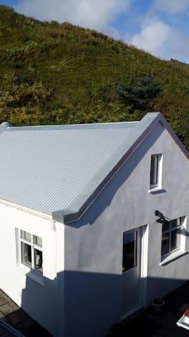 Charming Cottage in Vík - Vik