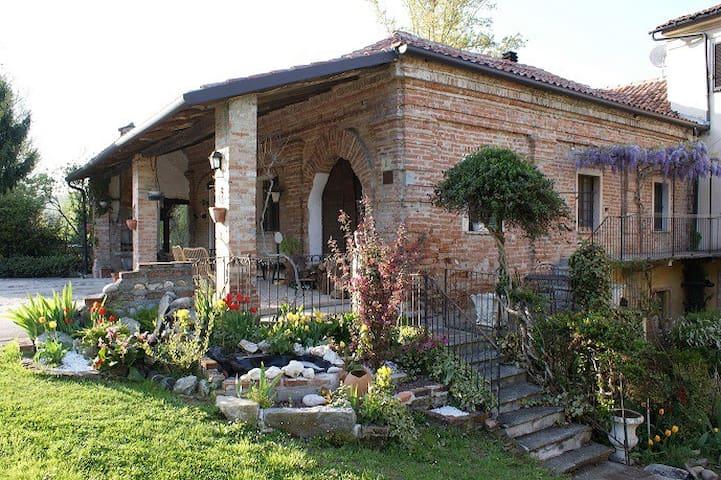 molino del conte - Villamiroglio - Rumah