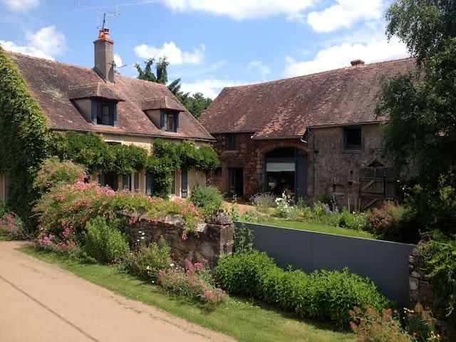 Maison ancienne de village - Thoste - Ev