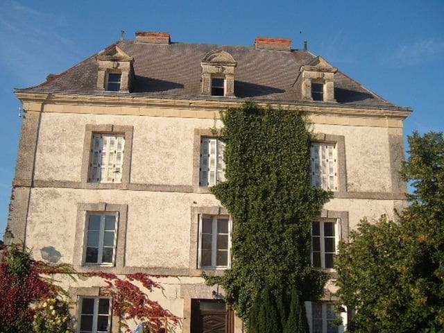 Le Voltaire B&B - Airvault - Bed & Breakfast