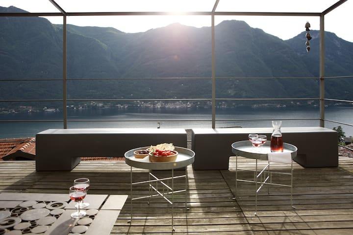 Casa di charme con vista lago - Nesso - Huis