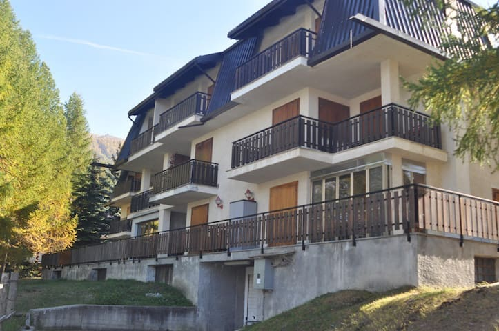 Sauze d'Oulx 50 m from the slopes - Sauze - Apartmen