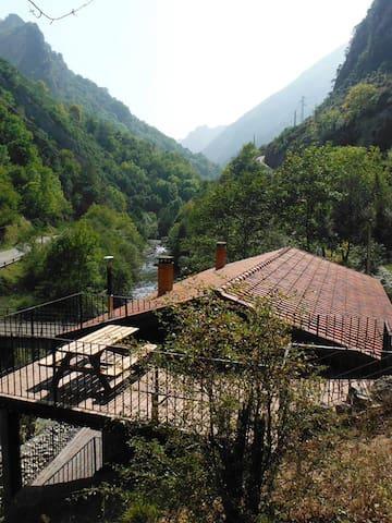 1 casa jacuzzi ,chimenea Asturias - San Ignacio - Byt