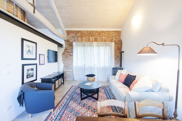 Piedmont Organic Winery Apartment - Montaldo - Departamento