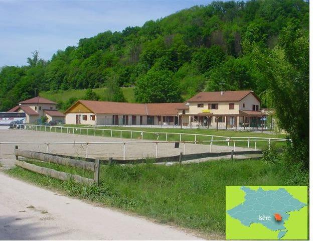 Gite de Groupe , Le CENTAURE - Réaumont - Natur lodge