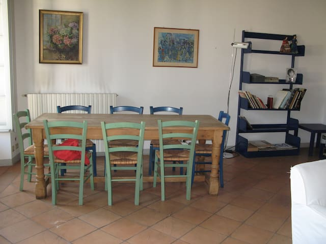 Appartamento in meravigliosa villa - Azzate - Apartamento