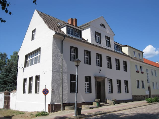 Lychen House - A Place to Stay - Lychen - Pousada