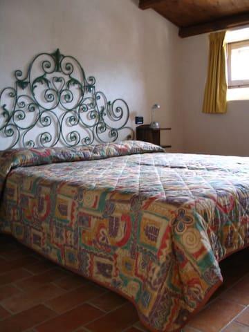 Appartamento Leontina - Capestrano - Leilighet