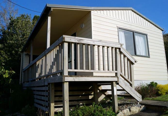 Roselands Chalet Accommodation - Waitomo - Шале