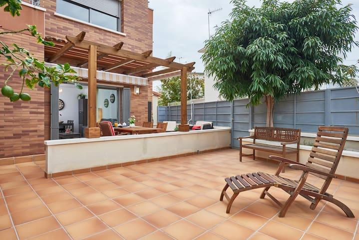 Beautiful  flat  FREE WIFI - Segur Calafell