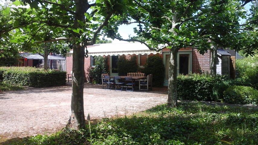 Charming gardenhouse - Zundert