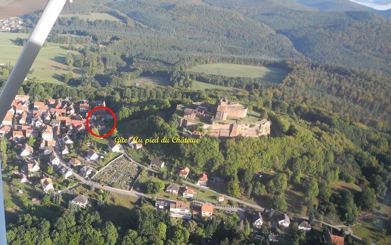 """Gîte Au Pied du Château """"Les Girolles"""" - Lichtenberg - Hus"""