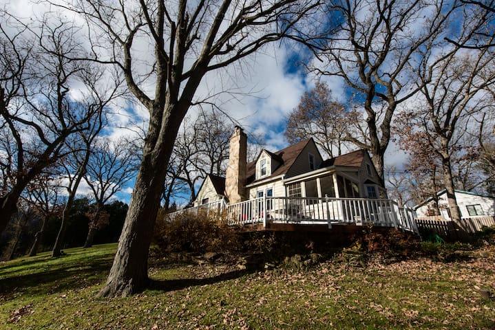 Stonefire Cottage on Lake Wandawega - Elkhorn - Casa