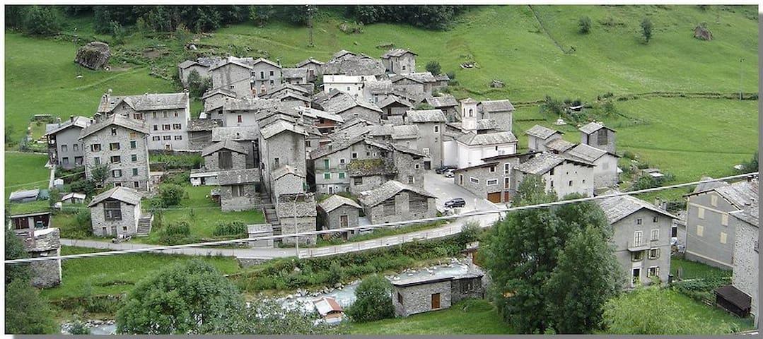 casa a 2 Km dalle piste di sci - Lanzada - Hus