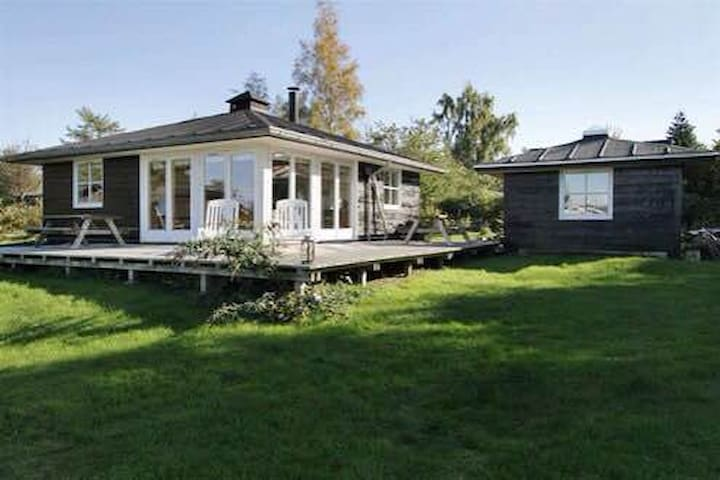 Modern Danish summerhouse sea view - Stubbekobing