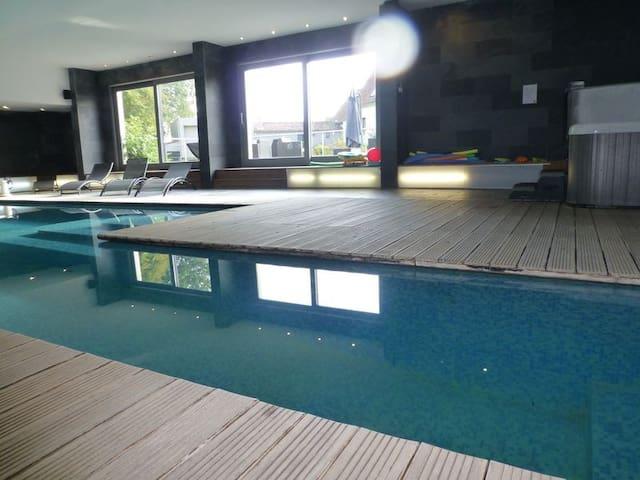 Le Clos du miroir avec piscine/spa - COURSET - Ev