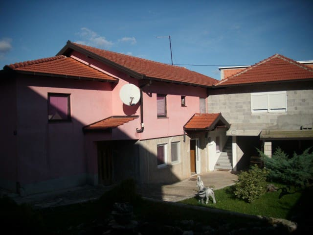 Family house just for you ! - Međugorje - Bed & Breakfast