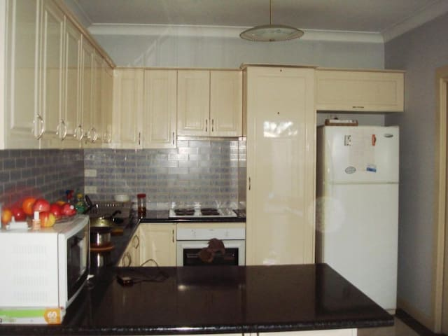 3 bedroom self contained apartment - Burnside - Departamento