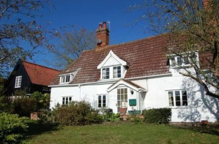 Beautiful 17th century cottage - Lower Hacheston - Ev