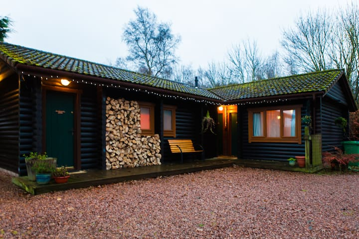 Redlands Lodge log cabin b&b Fife - Cupar