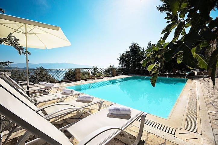 Luxurius, pool, seaviews - Aethra  - Lefkada - Vila