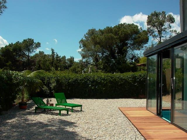 House with pool, 15 min Barcelona - Vilanova del Vallès - Huis