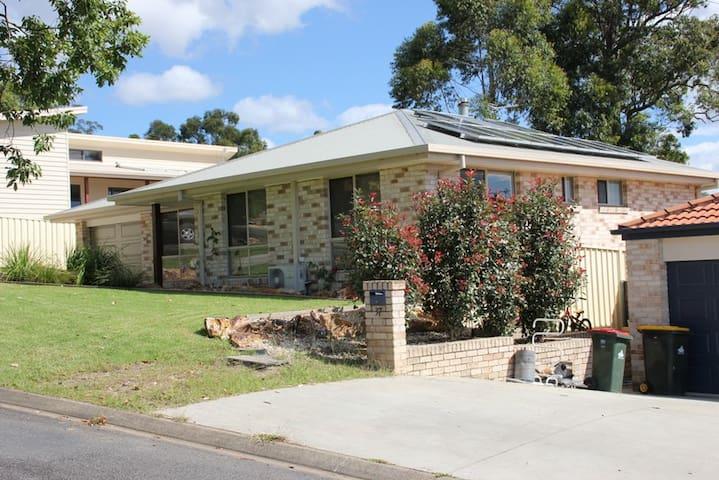 Halfway House To Brisbane or Sydney - Wauchope - Ev