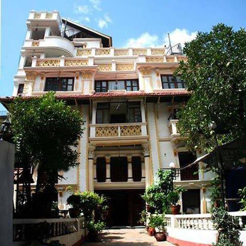 Kathmandu Boutique Hotel - Katmandu - Oda + Kahvaltı