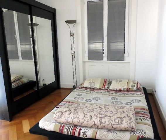 Bel appart, 2 chambres, tout meublé - La Tour-de-Peilz - Apartamento