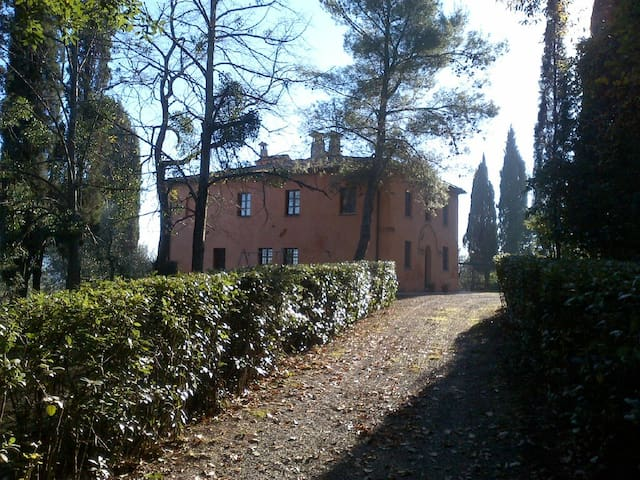 La Casa del giardino - Montelopio - House