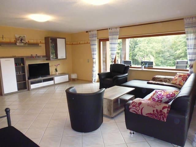 Schöne Monteur und  Ferienwohnung - Waldmichelbach - Apartmen