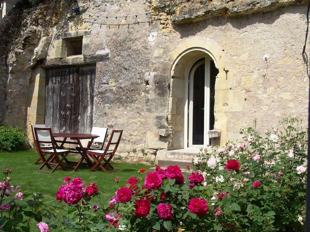 Trogloditic Vacations - Amboise - Lussault-sur-Loire - Huis