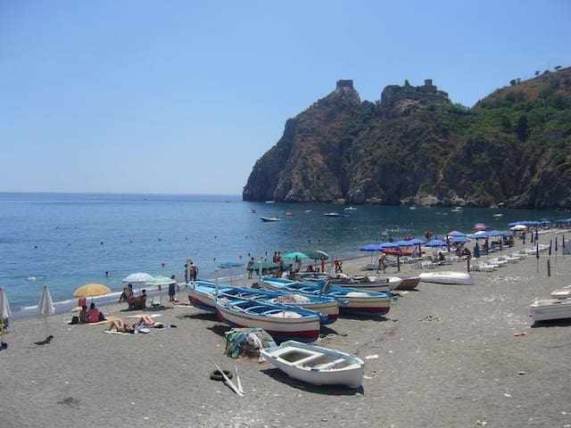 Apartment with terraces Taormina - Sant'Alessio Siculo - Wohnung