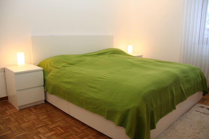 Ferienwohnung Bimsbaron (neu 3 Zi) - Plaidt - Apartamento