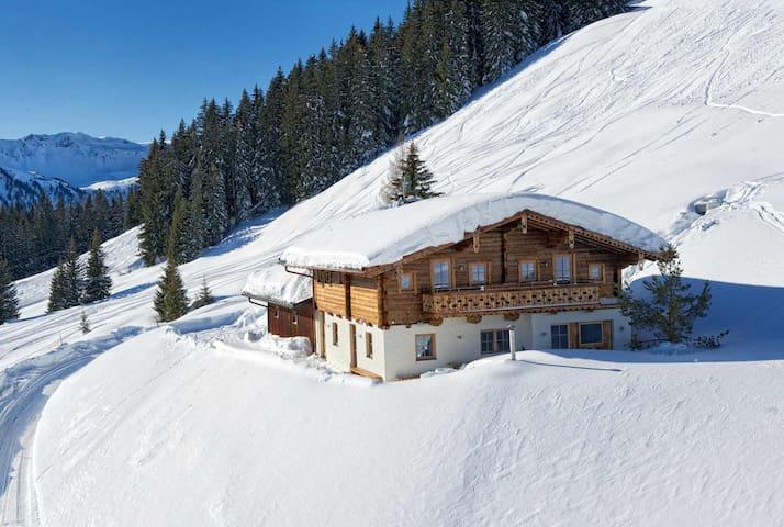 Alpine deluxe chalet-Wallegg Lodge - Hinterglemm - Alpstuga