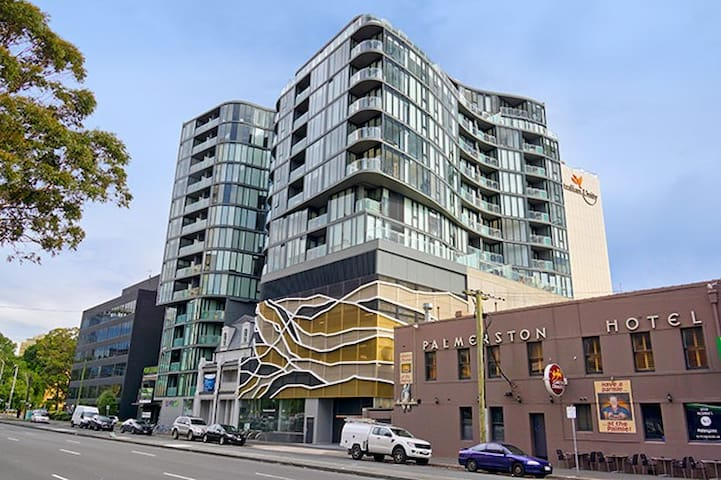 1BR - Inner City Bohemian Escape - South Melbourne - Bed & Breakfast