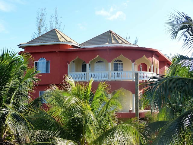 The real Jamaica - close to Negril - Negril - Villa