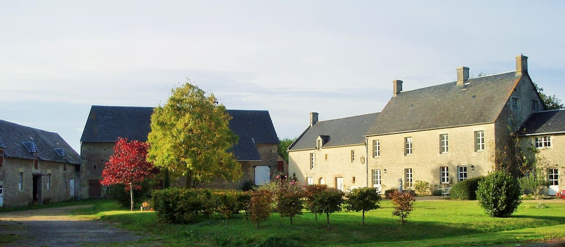 Historic house in Normandy - Meuvaines - Гестхаус