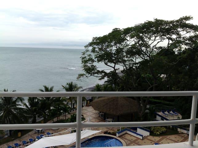 Amazing Ocean Front 1 bedroom #303 - Playa Coronado - Appartement